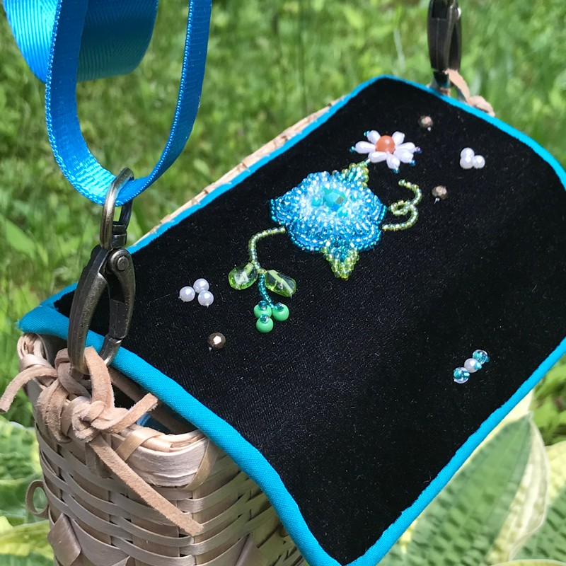Black ash splint and beaded purse by Penelope Minner