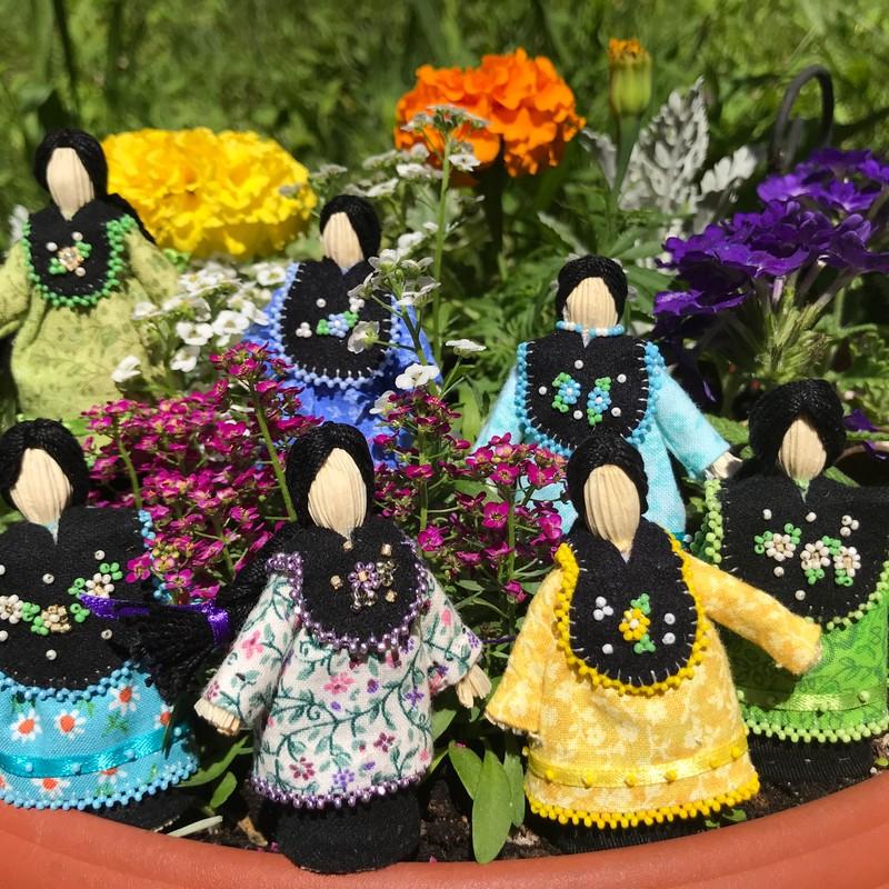 Little Bits Cornhusk Dolls by Penelope Minner